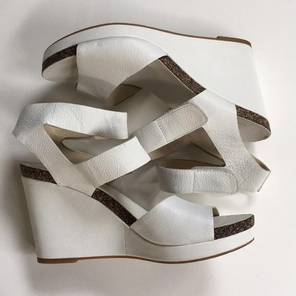 Via Spiga Shoes - EUC Via Spiga leather wedge sandals